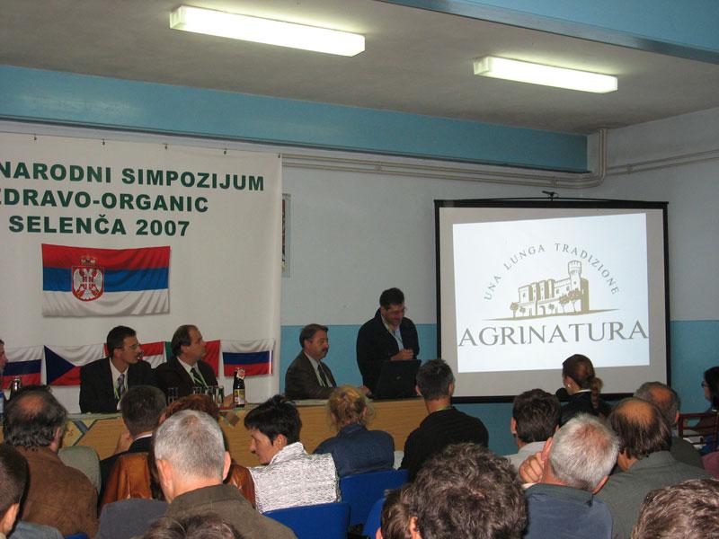 simpozijum-2007-(14).jpg