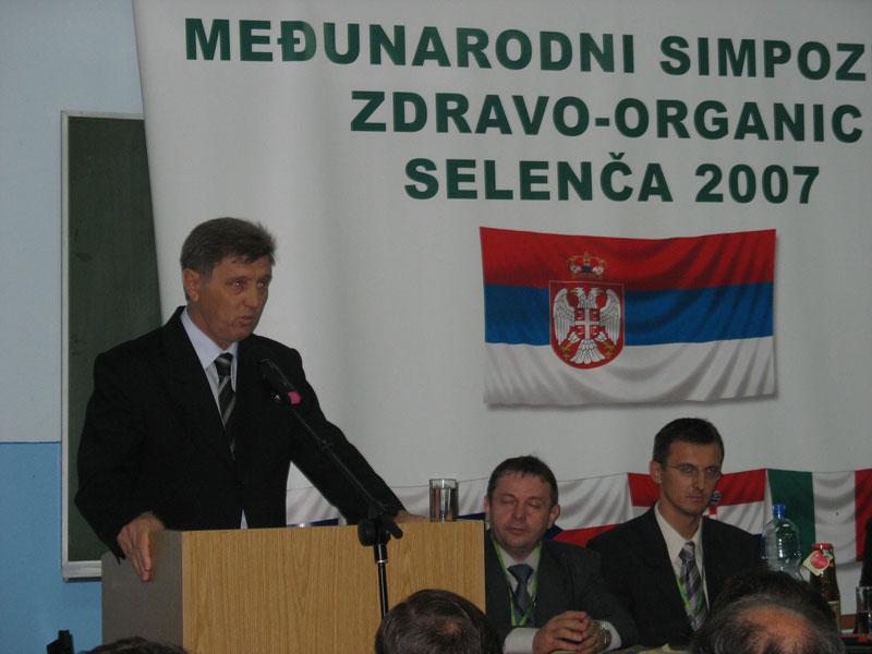 simpozijum-2007-(9).jpg